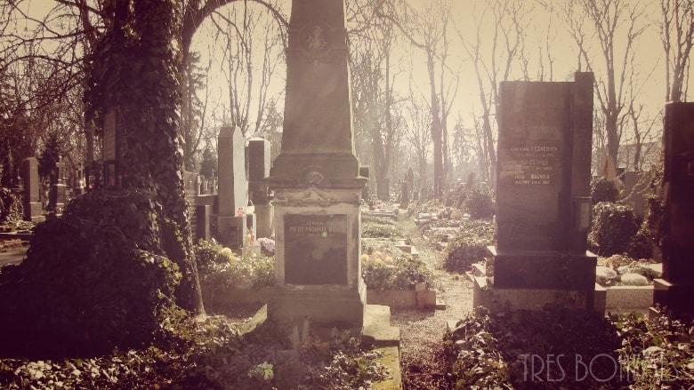 Prague-gravestones