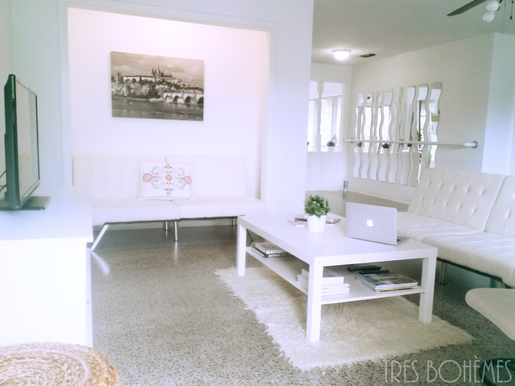 Boho-Decor-Tres-Bohemes-Living-Room-White-on-White
