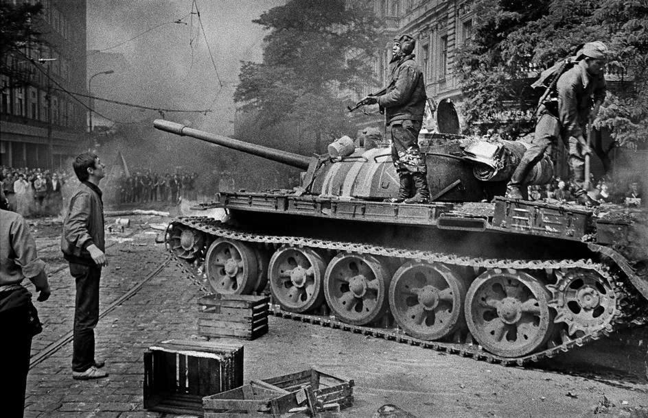 Prague_1968_20_Tres_Bohemes