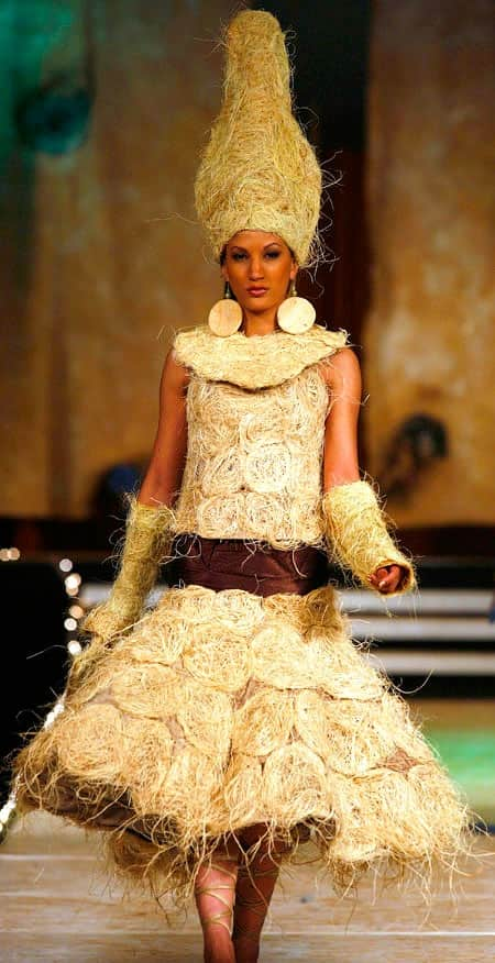 Top-10-Impractical-Runway-Trends-Haystack
