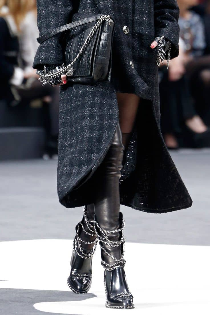 Top-10-Impractical-Runway-Trends-Sharp-Gloves