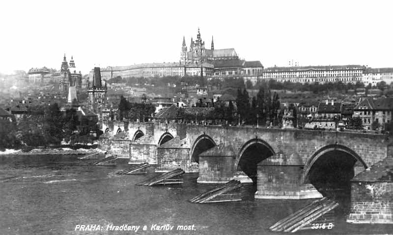 Prague-Castle-Charles-Bridge-Czech-Republic