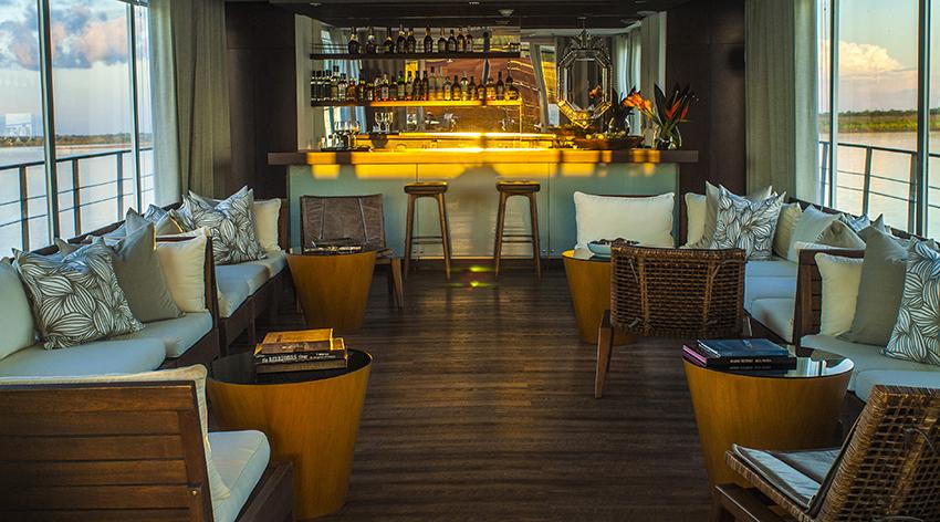 Aqua-Amazonia-Hotel-Indoor-Lounge