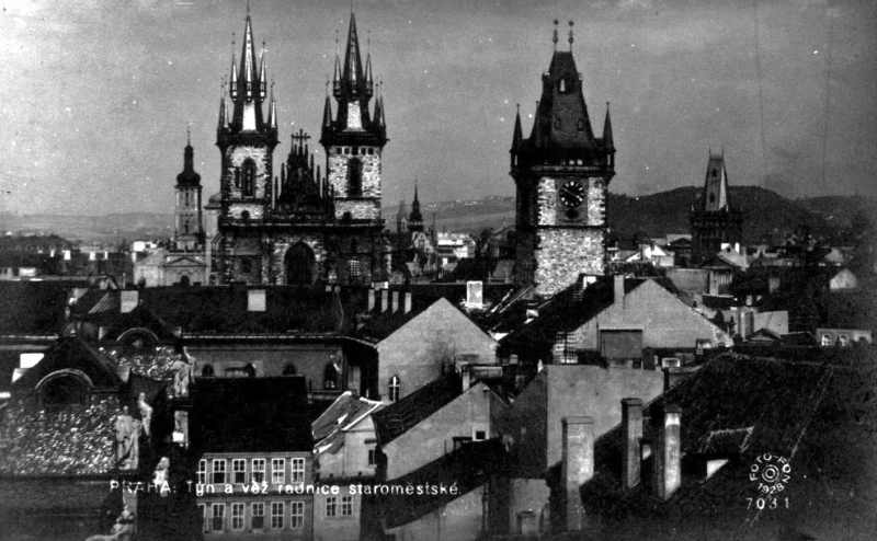 Czech-Prague-radnice-staromestske-Bohemia-postcard