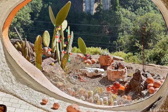 Flintstones-Home-Cactus-Garden