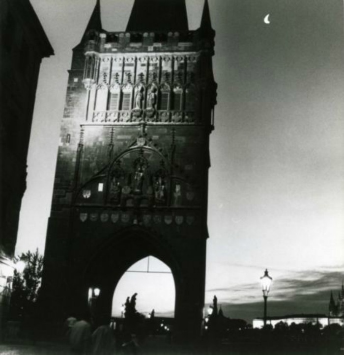 HELMUT-NEWTON-1989-Prague-Czech-Tower