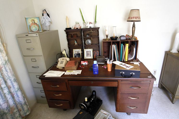 Jack-Kerouac-Desk-Writing