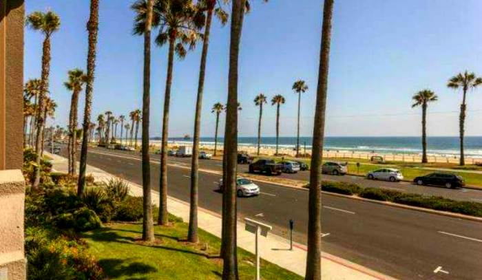 Pacific-Coast-Highway-Huntington-Beach
