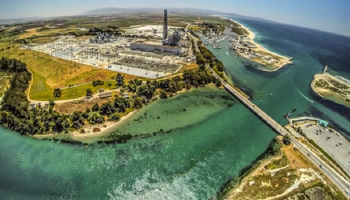 Pacific-Coast-Highway-Moss-Landing-Power-Plant