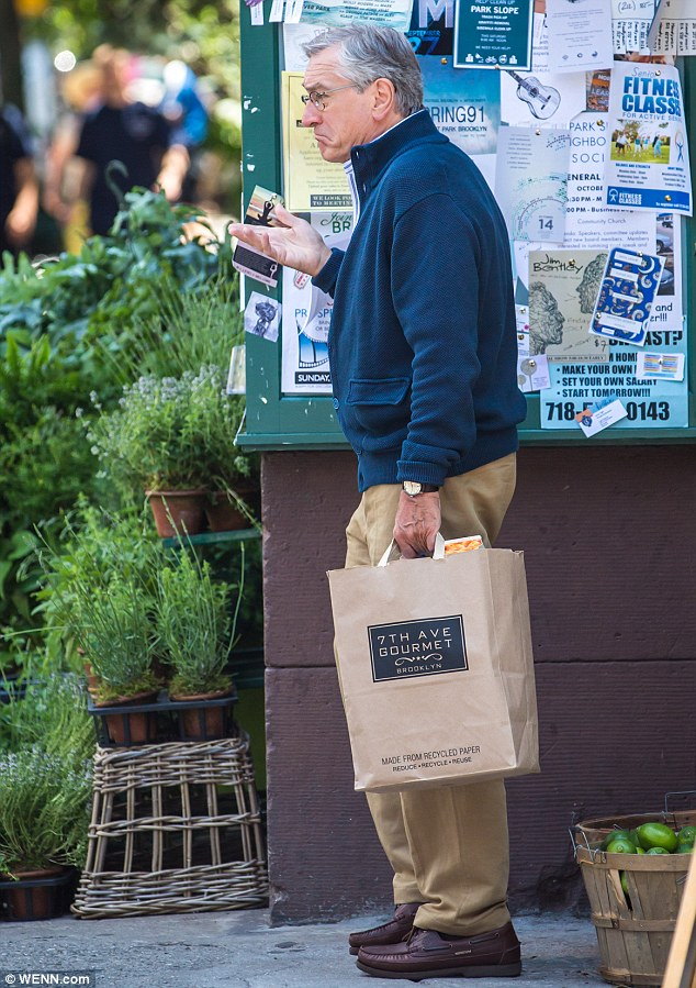 Robert-DeNiro-Shopping-3