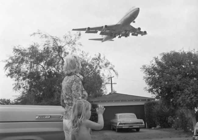 Surfridge-Airplanes-Closed-City-Noise