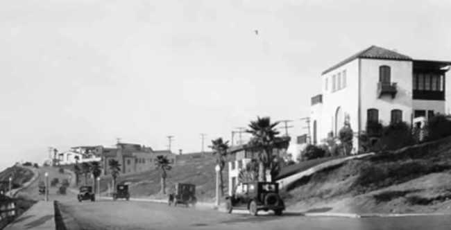 Surfridge-Estates-at-Palisades-Del-Rey