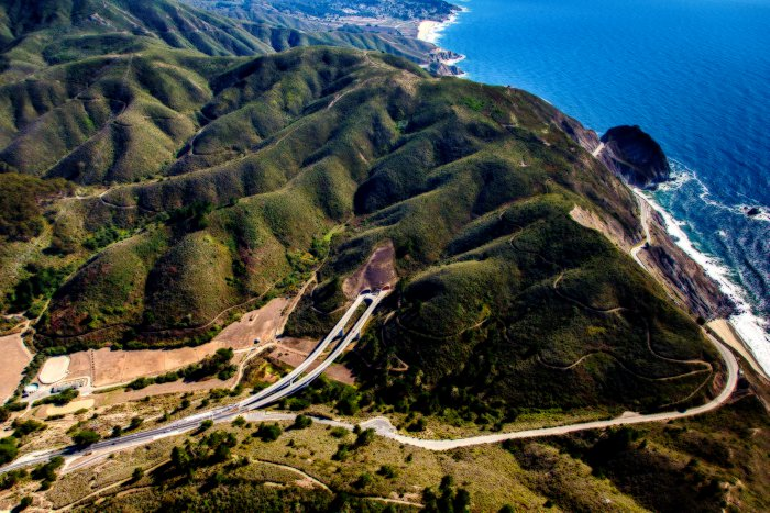 Tom-Lantos-Tunnels-Pacific-Coast-Highway