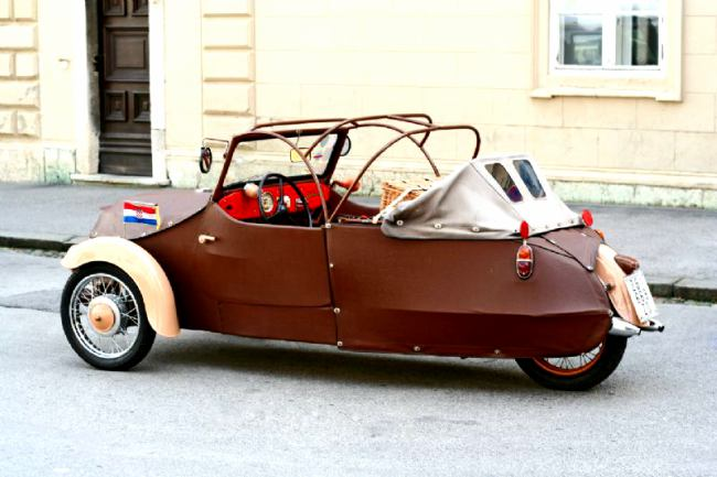 Velorex-Oskar-Boho-Car-Czech-3-Wheeler