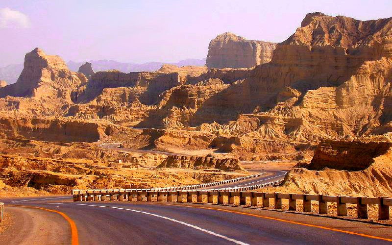 Makran-Coastal-Highway-Pakistan-Sights