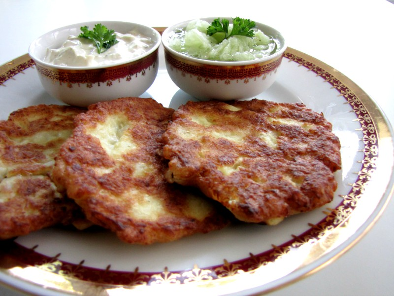 Cauliflower-Patties-and-Cucumber-Salad-5