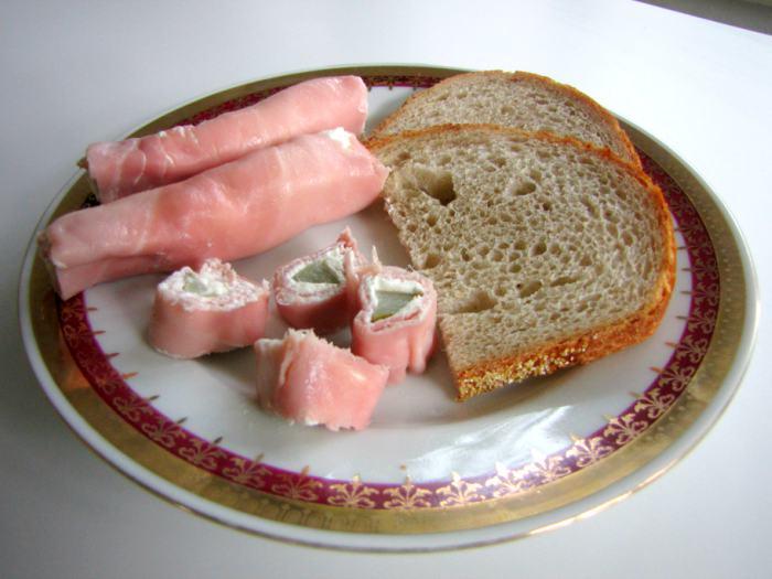 Czech-Ham-Rolls-3