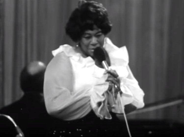 Ella-Fitzgerald-in-Prague-1969-4