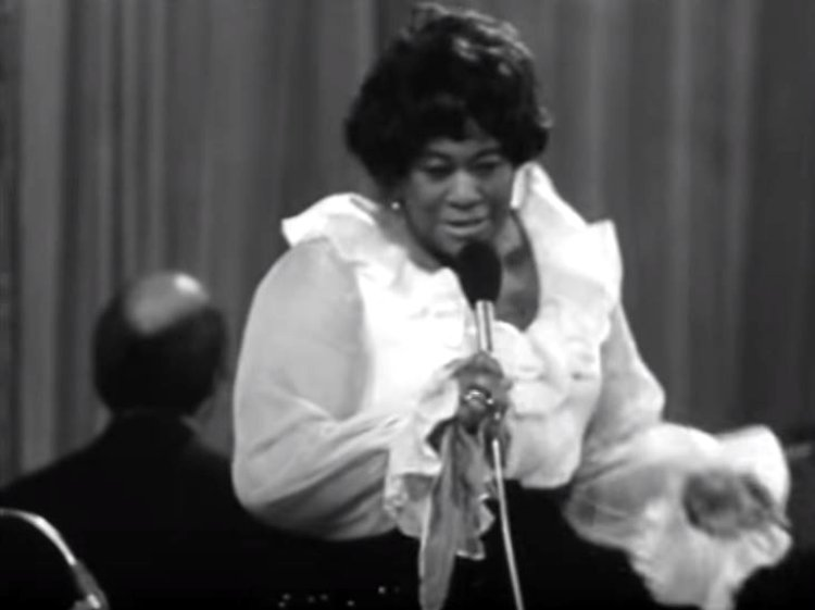 Ella-Fitzgerald-in-Prague-1969-5