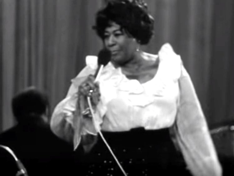 Ella-Fitzgerald-in-Prague-1969-6