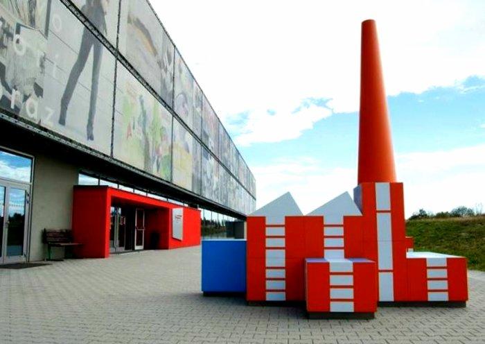 Ladislav-Sutnar-Street-Fair-for-Build-the-Town-3