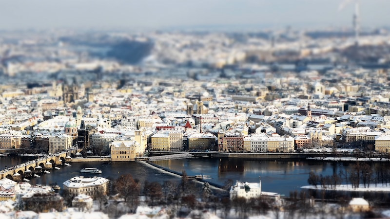 Prague-During-Winter-Tres-Bohemes