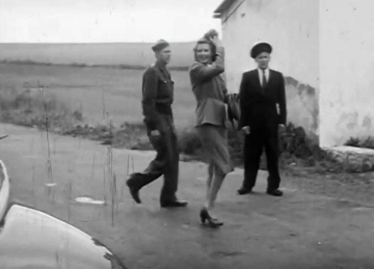 Rita-Hayworth-in-Czech-Republic-0