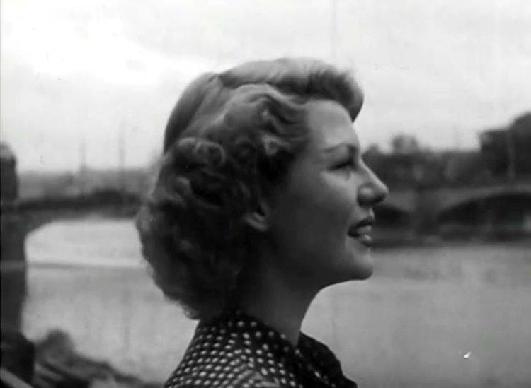 Rita-Hayworth-in-Czech-Republic-20