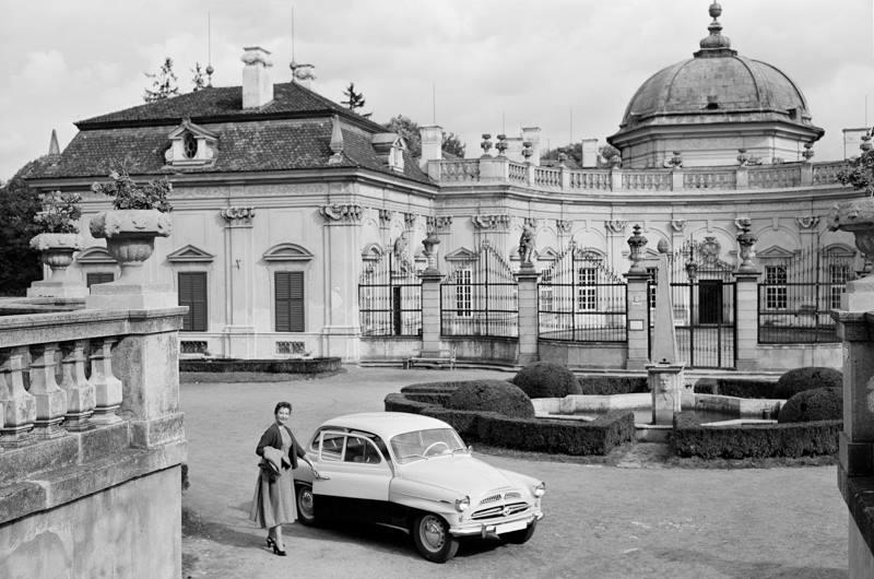 Skoda-Czech-Car-22