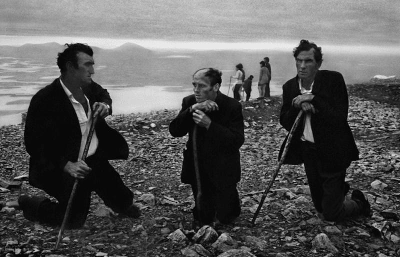Exiles-in-Ireland-Josef-Koudelka-Tres-Bohemes