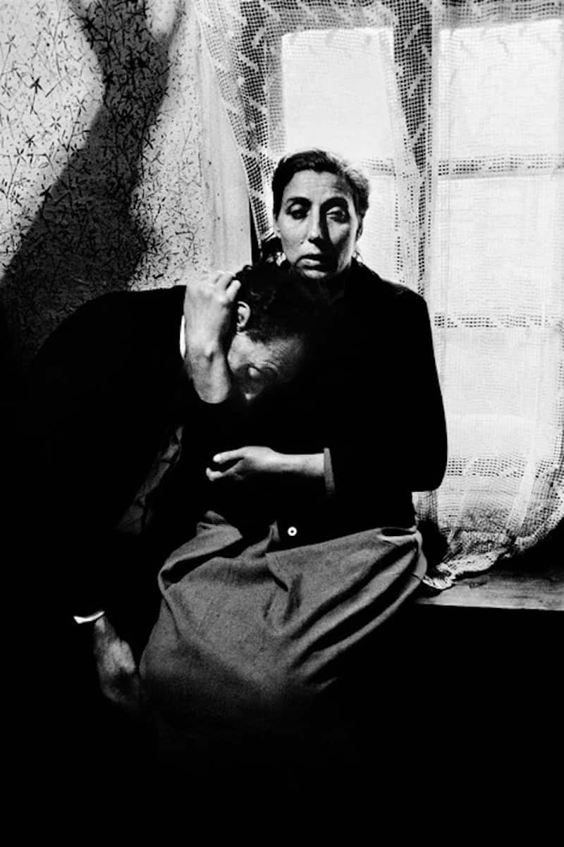 Gypsy-Couple-Josef-Koudelka-Tres-Bohemes
