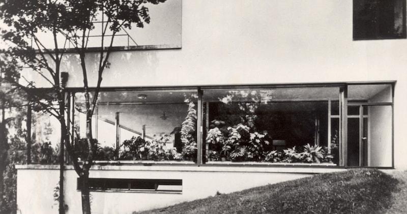 Villa-Tugendhat-Exterior-Tres-Bohemes
