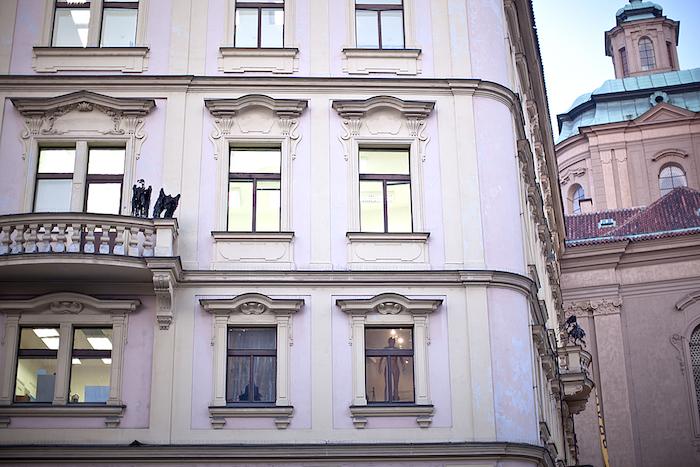 Exterior-Kafkuv-Dum-Tres-Bohemes