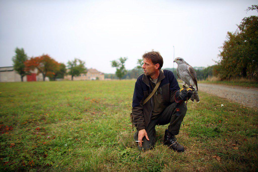 Falconry_Czech_Men_08