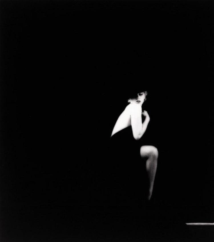 Marilyn_Monroe_in_Black_4