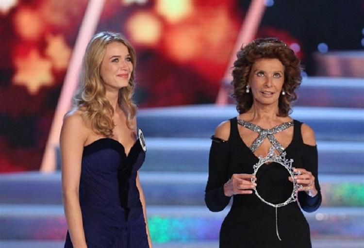 Sophia-Loren-Czech_Miss_5