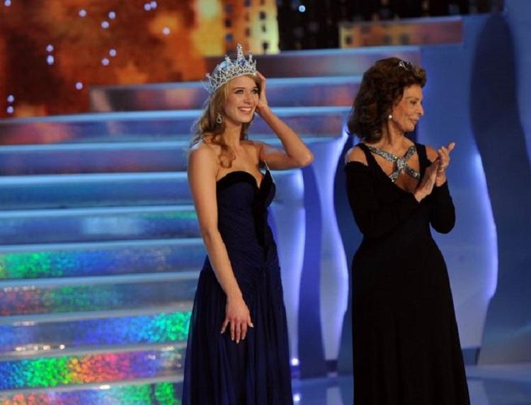 Sophia-Loren-Czech_Miss_7