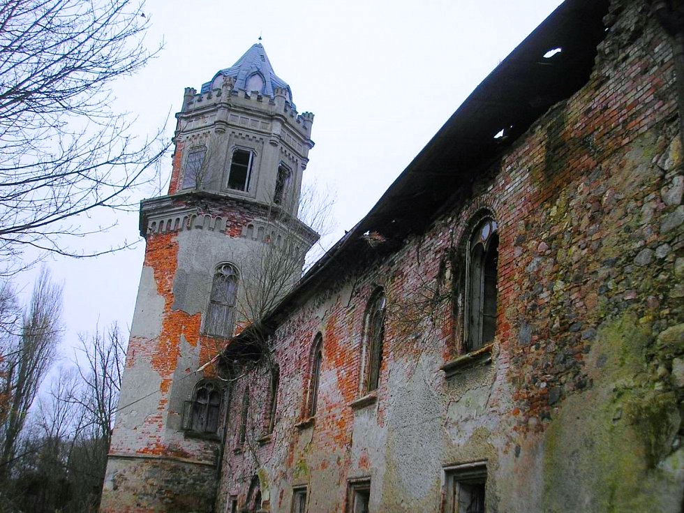 save-a-czech-castle