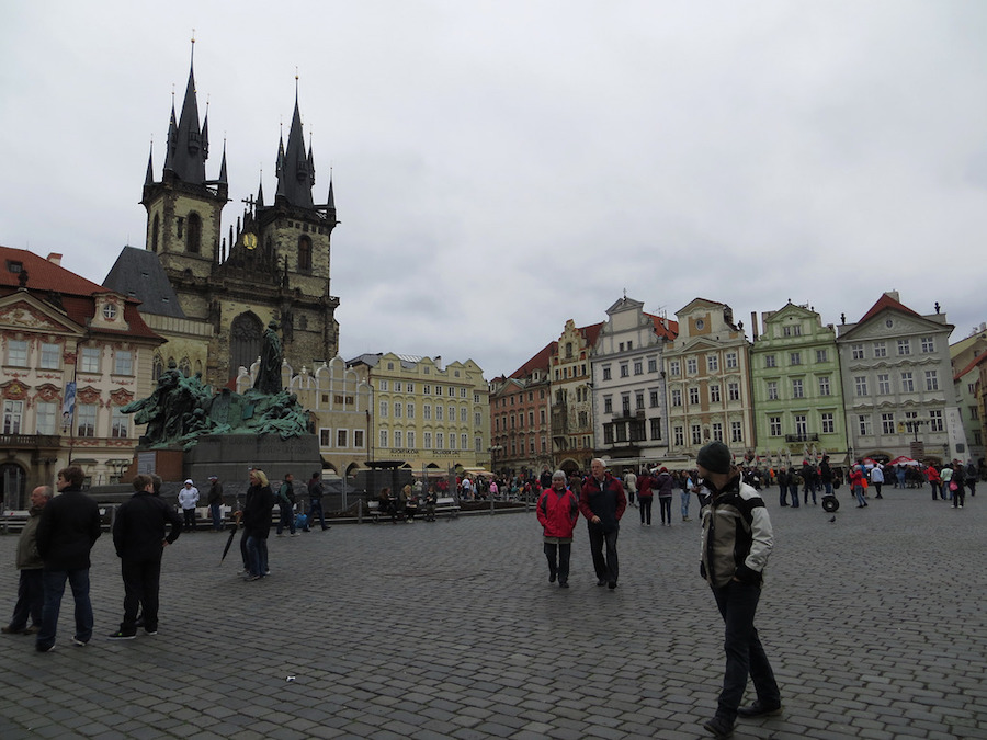 Prague-Tourist-Tres-Bohemes