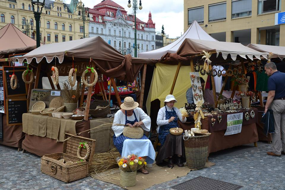 Farmers-Market-Prague-Crafts-16