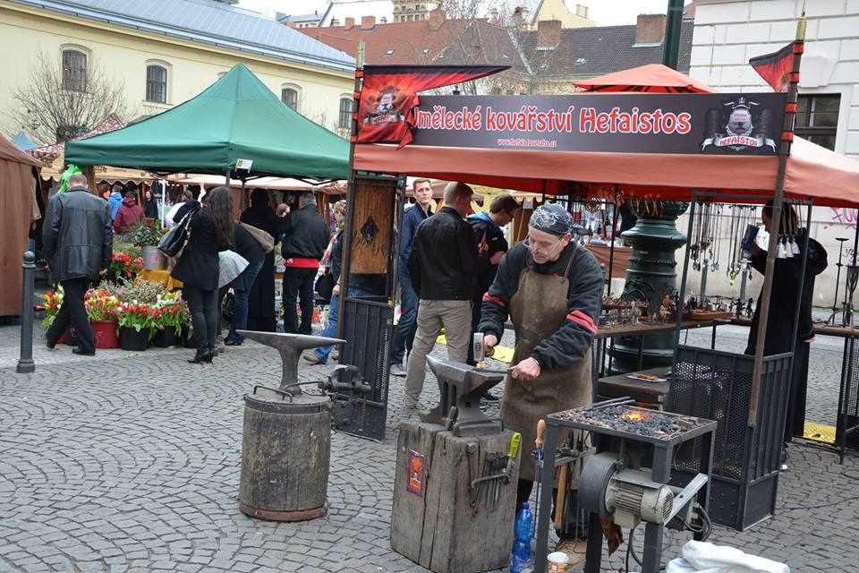 Farmers-Market-Prague-Crafts-4