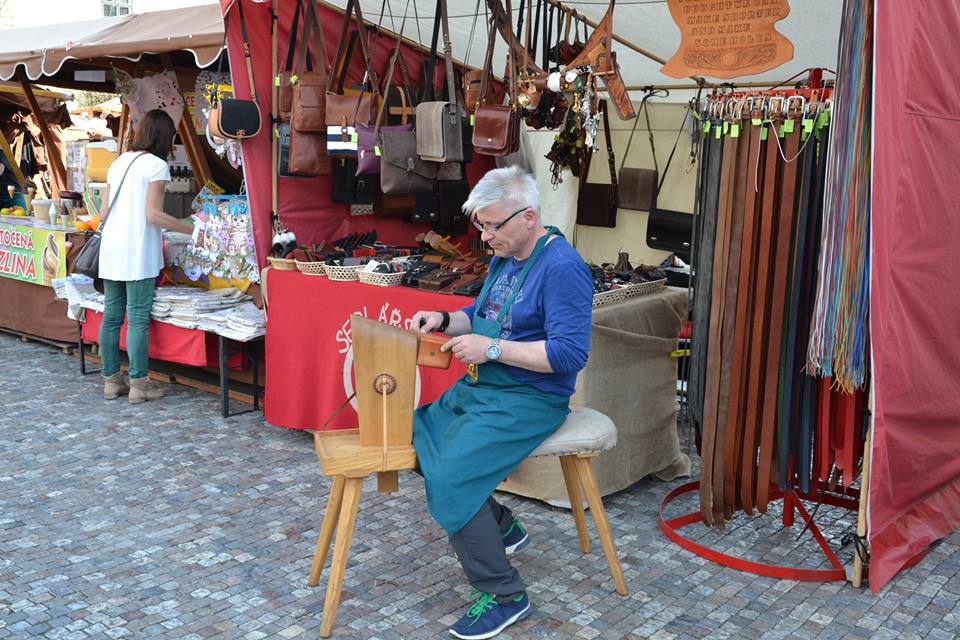 Farmers-Market-Prague-Crafts-7
