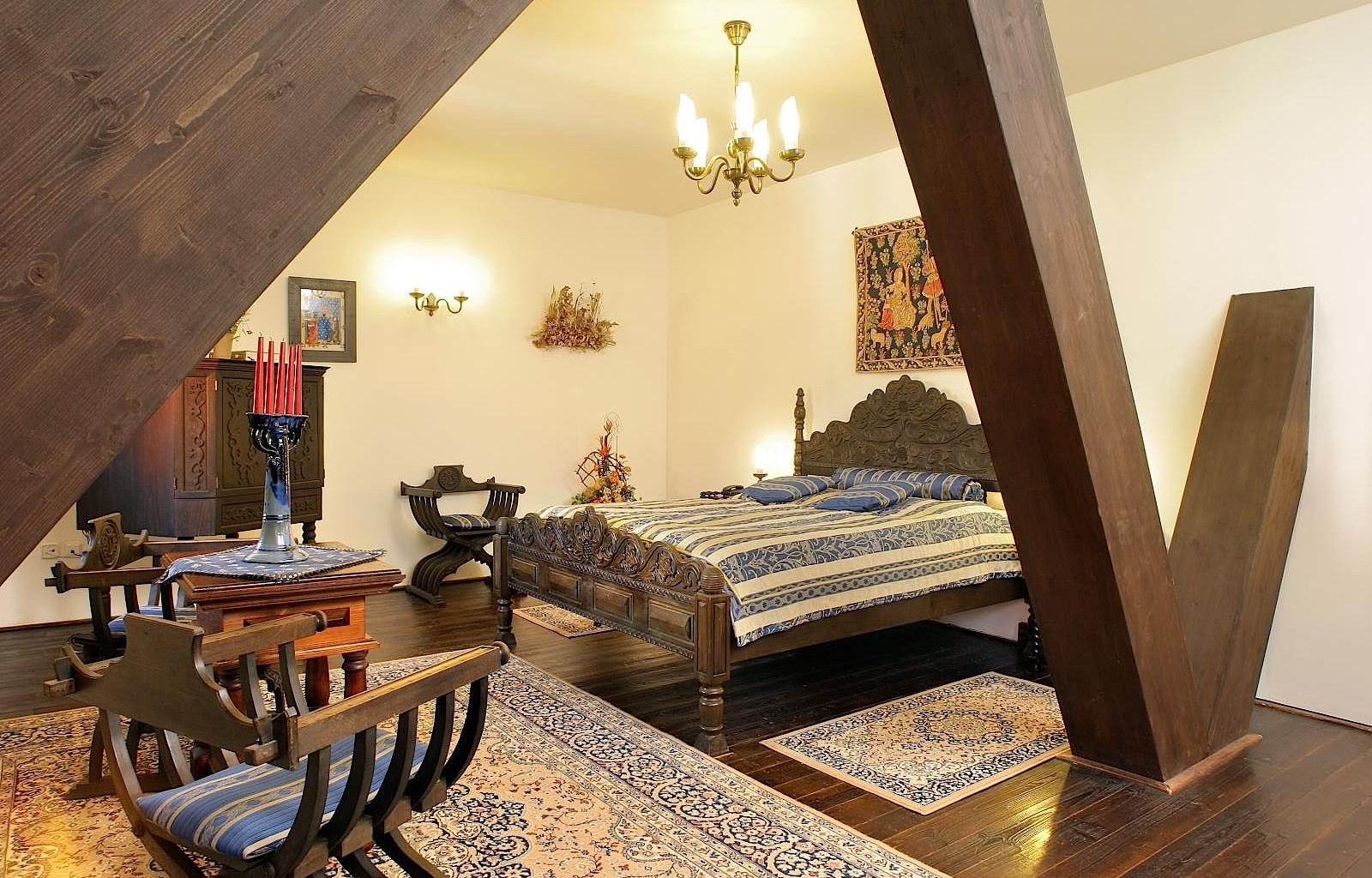 HotelRuze_Deluxeroom_