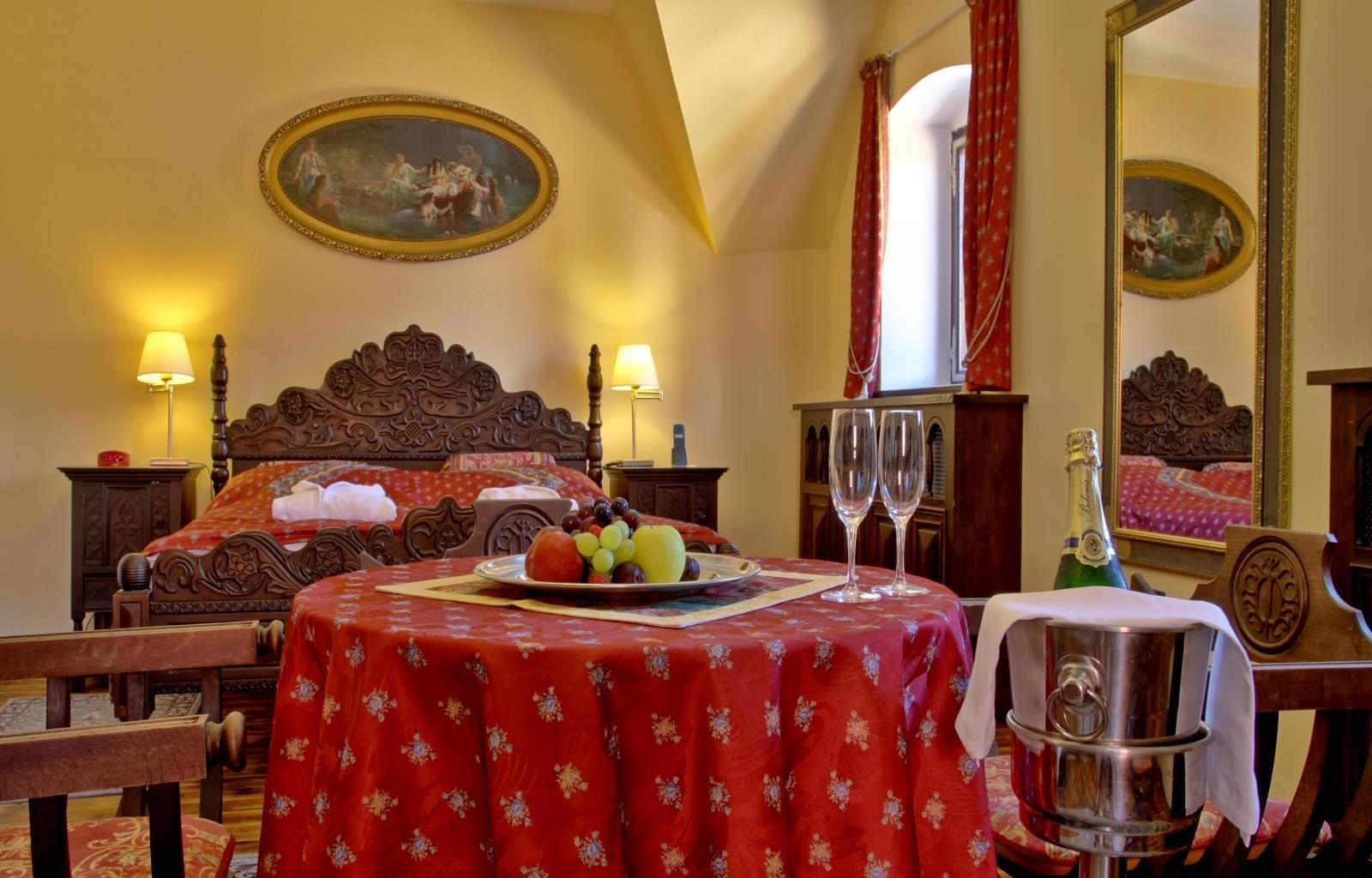 Hotel_Ruze_Deluxe_room