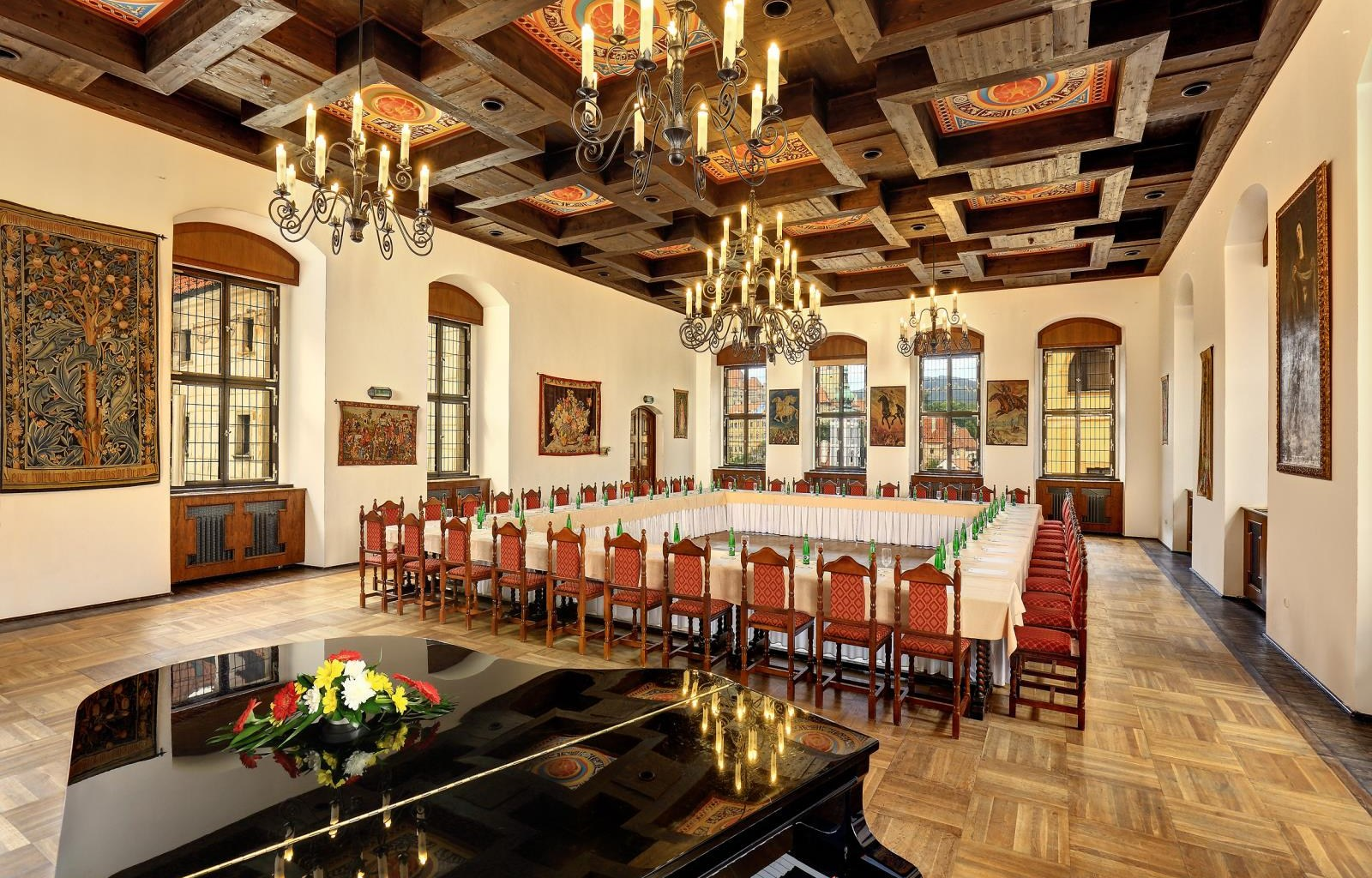 Hotel_Ruze___Jesuit_hall___1