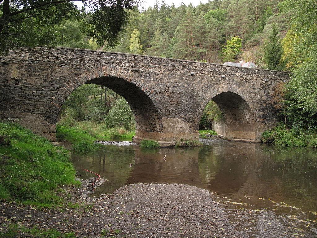 Kamenný_most_Rabštejn_nad_Střelou