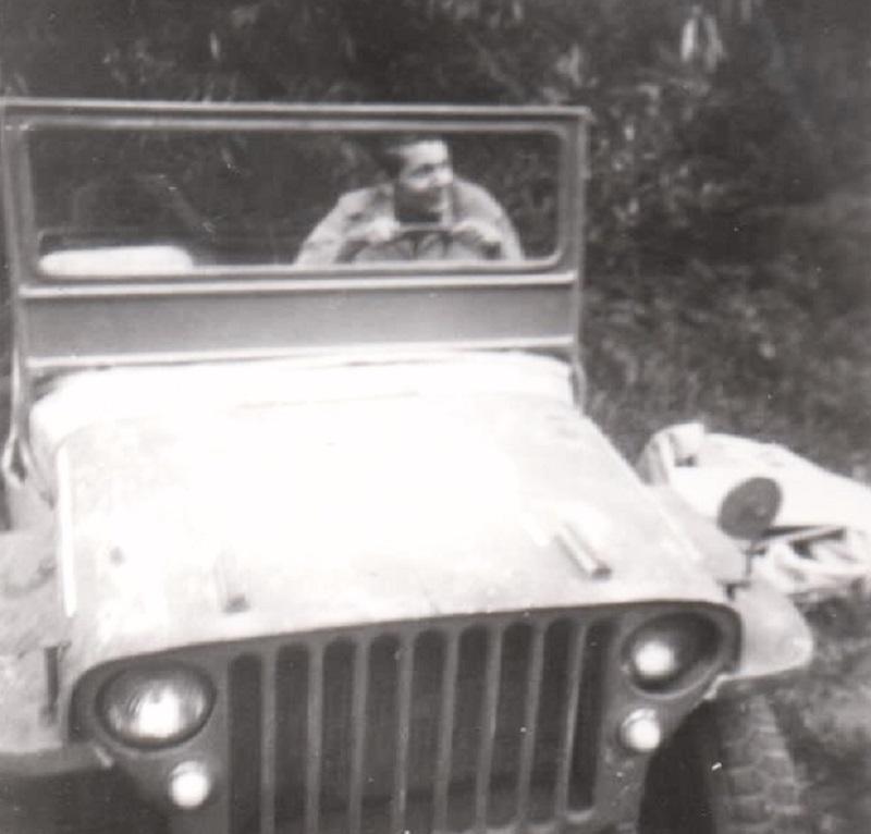 Rabstejn-nad-Strelou-Milan-Hilmar-Czech-Jeep