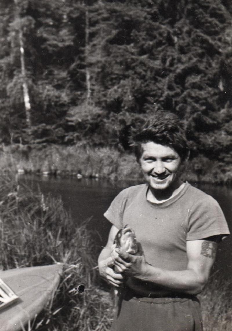 Rabstejn-nad-Strelou-Milan-Hilmar-Fishing-1966
