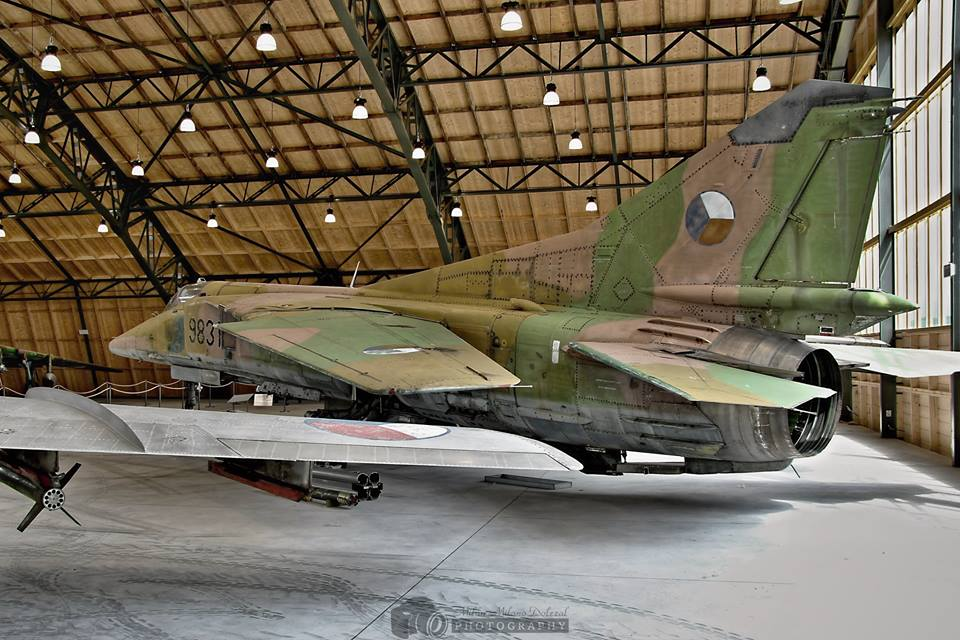 aviation-hangars-czech-republic-23