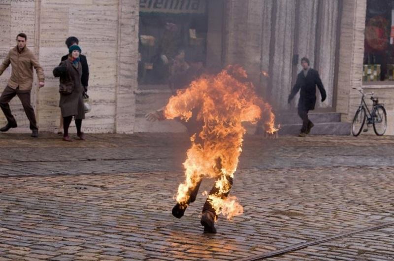 Jan=Palach-on-fire-burning-bush
